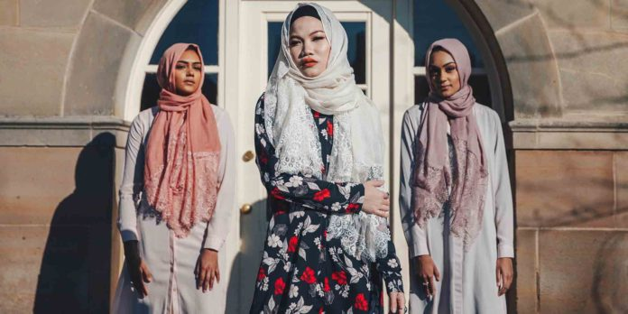Hijabs and Modest Fashion Are the New Corporate Trend in the Trump Era
